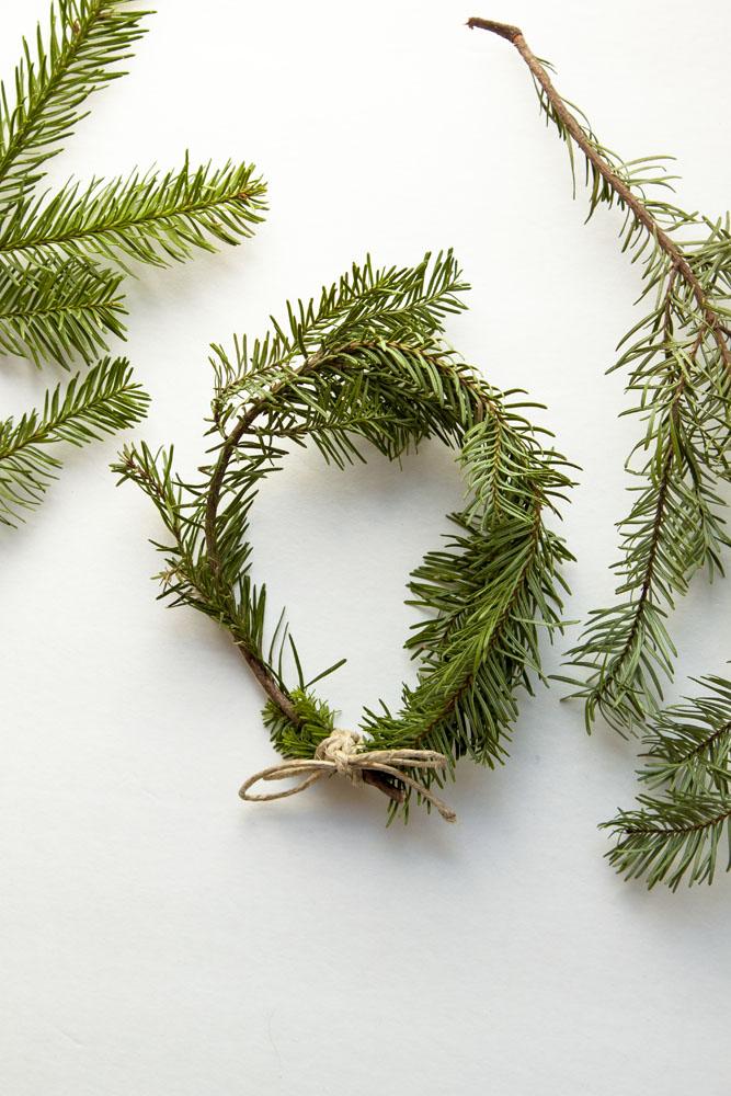 Mini Holiday Wreaths