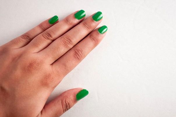 Four-Leaf Clover Nails