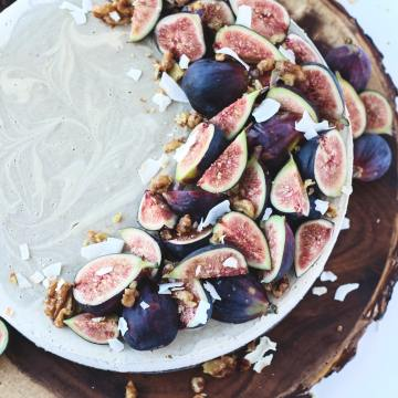 Raw Fig Cheesecake