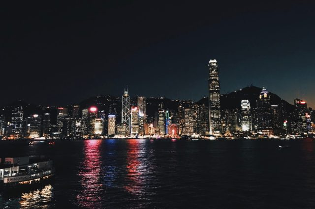 victoria harbour 2 days in hong kong itinerary