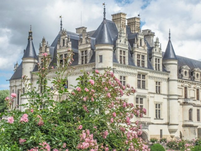 Chenonceau loire valley day tours from paris