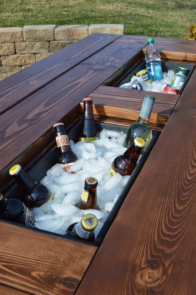 DIY Cooler Picnic Table