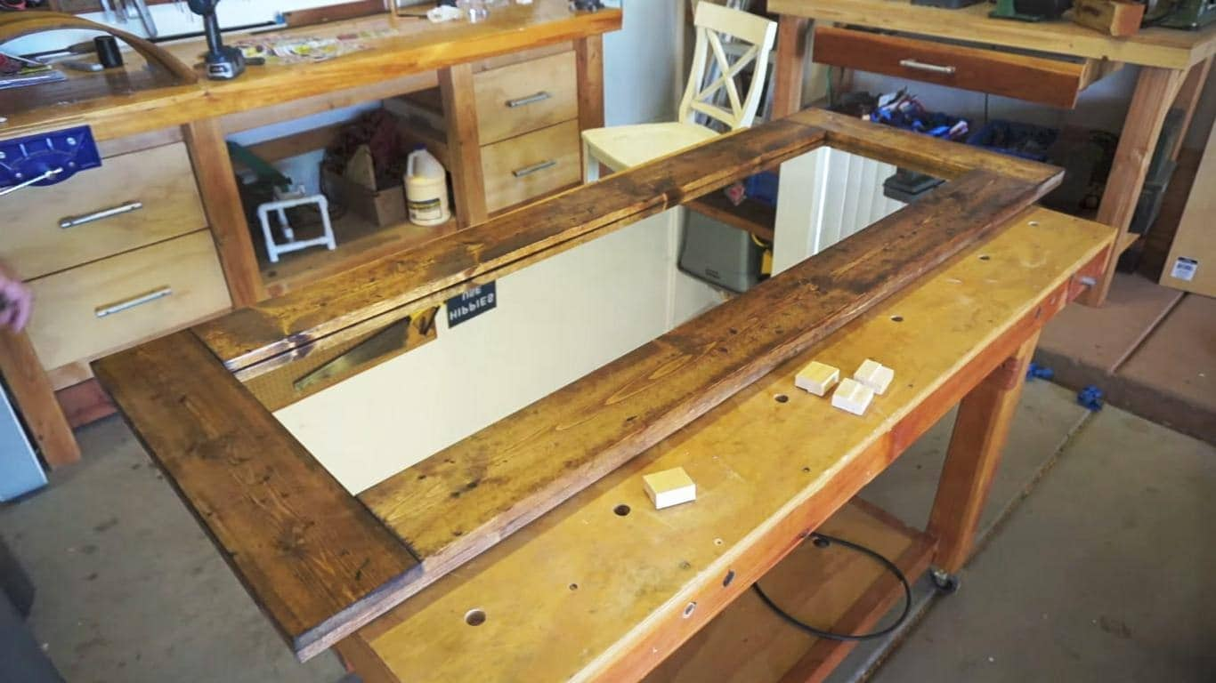 Just Follow This Quick Tutorial From Homesteadonomics Via YouTube On Making  A Floor Mirror That Takes Inspiration From The Rustic Beauty Of A Barn Door.