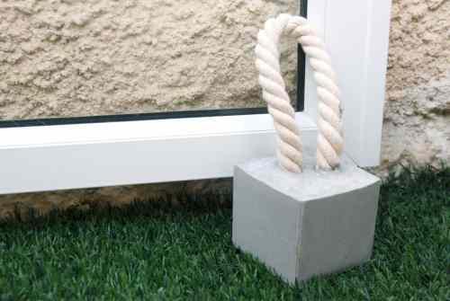 Make Your Own Concrete Doorstops