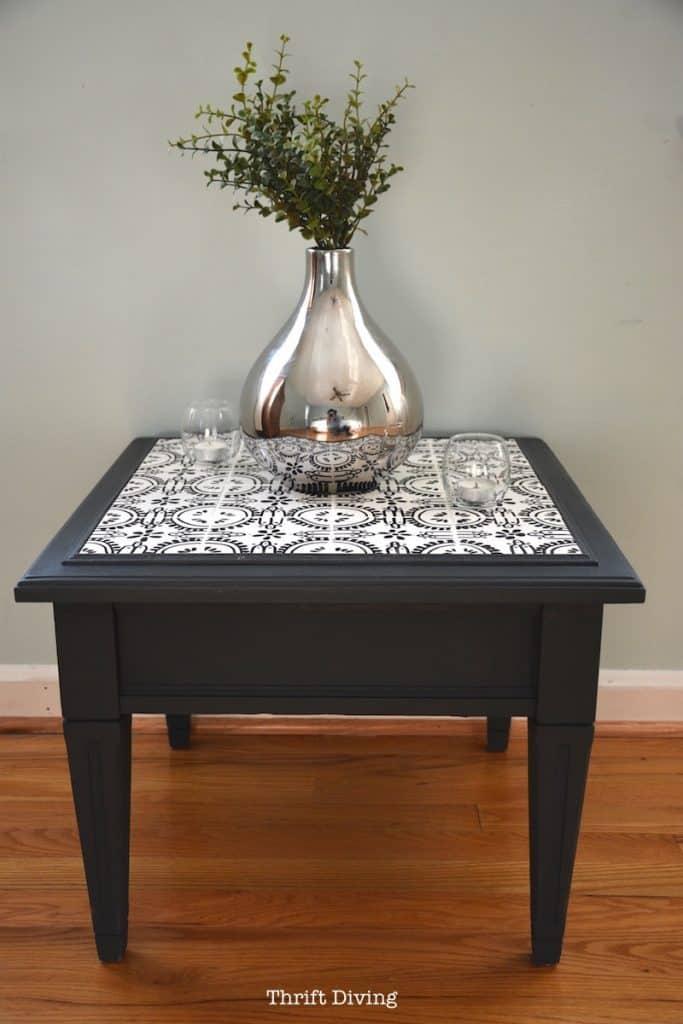 DIY Refurbished Table With Ceramic Tiles