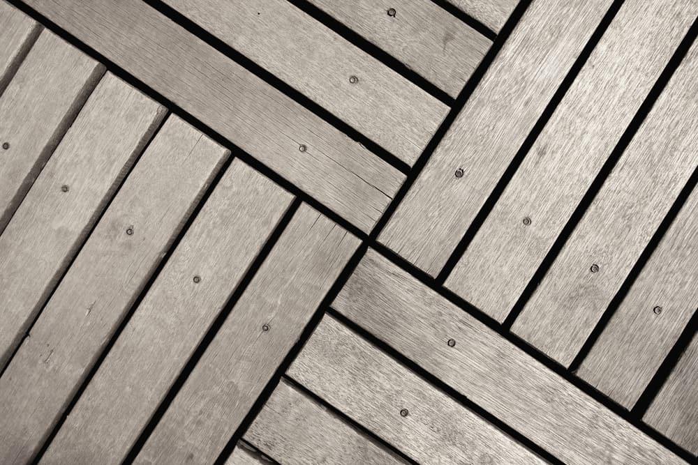 basket weave tiling