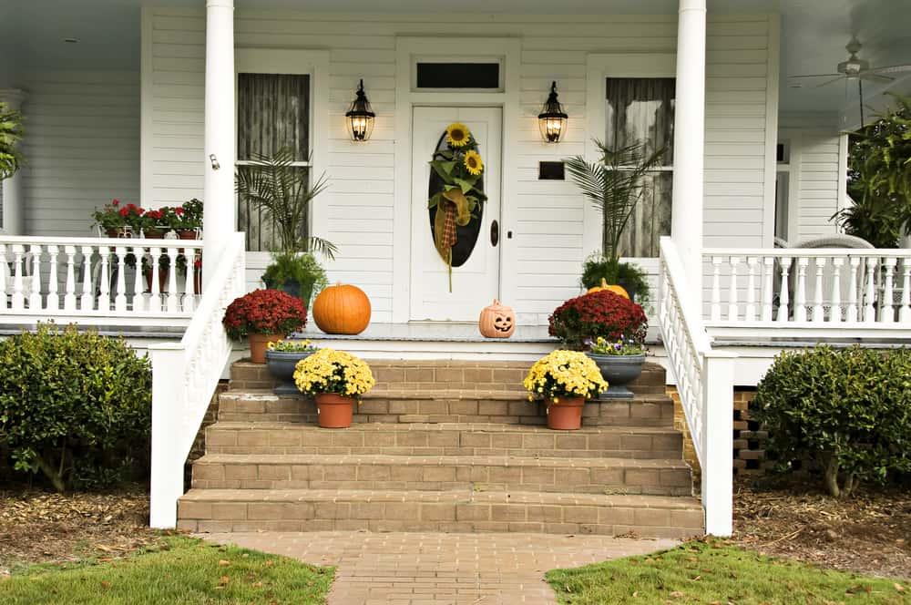 stairs flowers autumn pumpkins