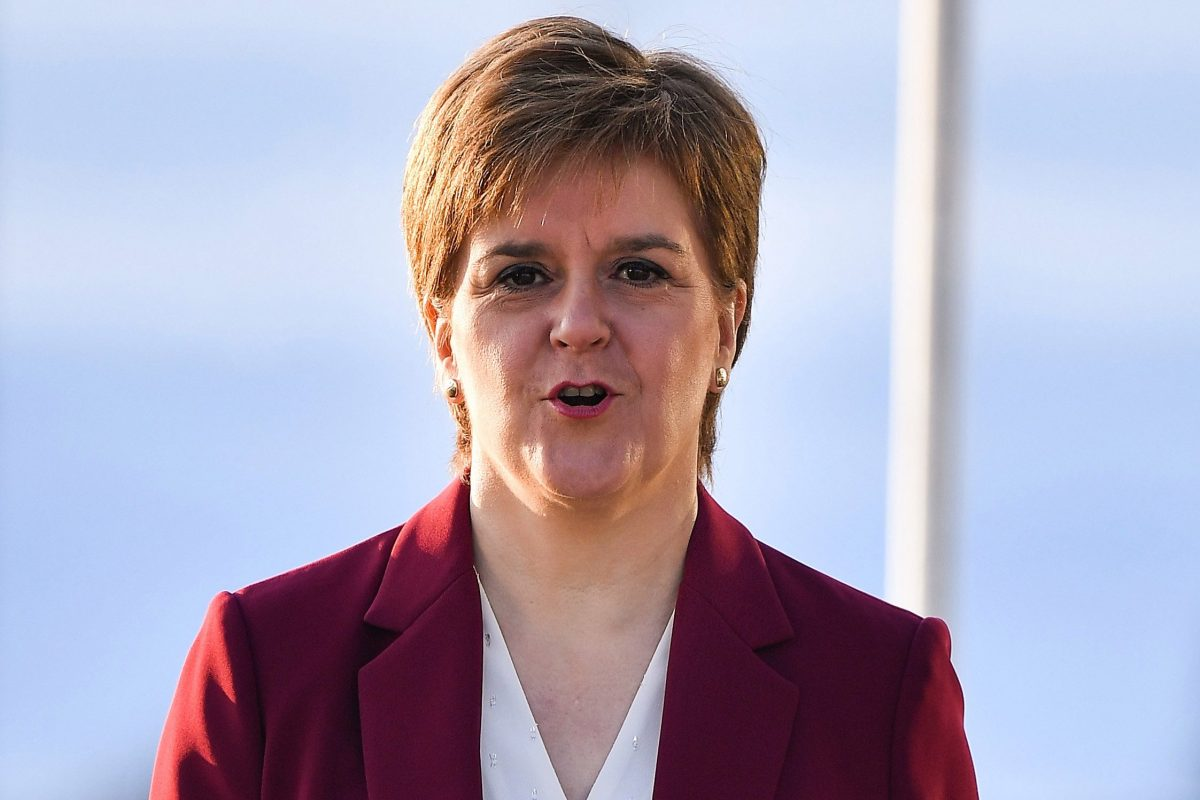 Nicola Sturgeon tells Jeremy Corbyn to promise IndyRef2 if he wants SNP to support Labour government