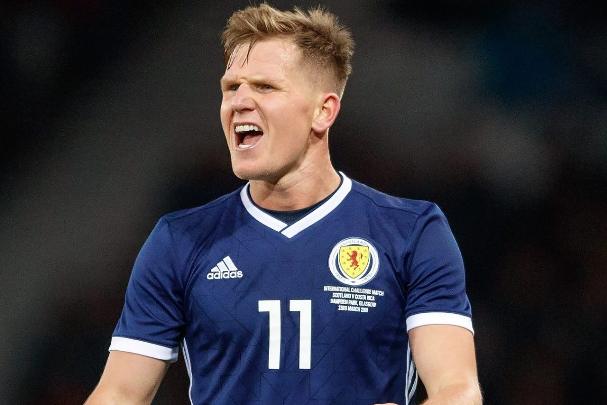 Ritchie 'quits Scotland due to family reasons as he turns down Clarke plea'