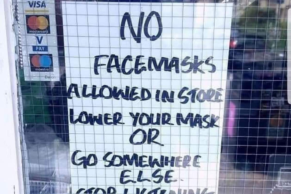 Shocking 'Glasgow' shop sign demands customers take off masks before entering