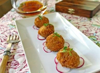 Spanish Ham Croquettes (Croquetas de Jamon)