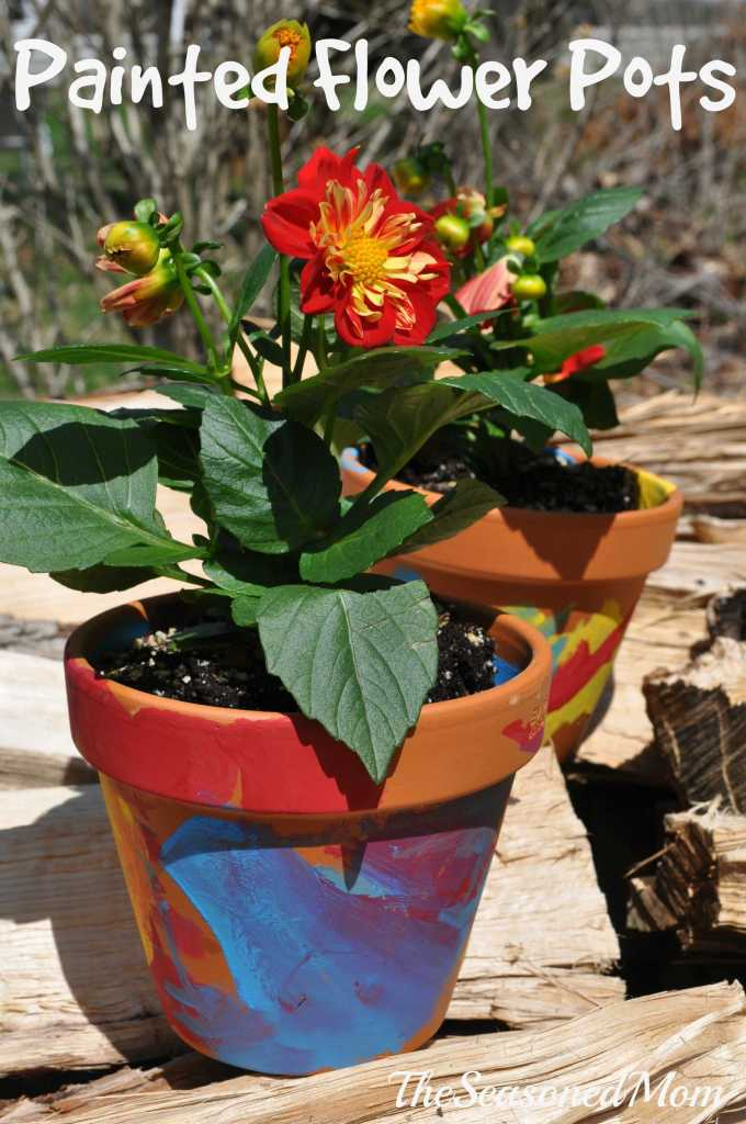 Homemade Mother's Day Gift: Painted Flower Pots