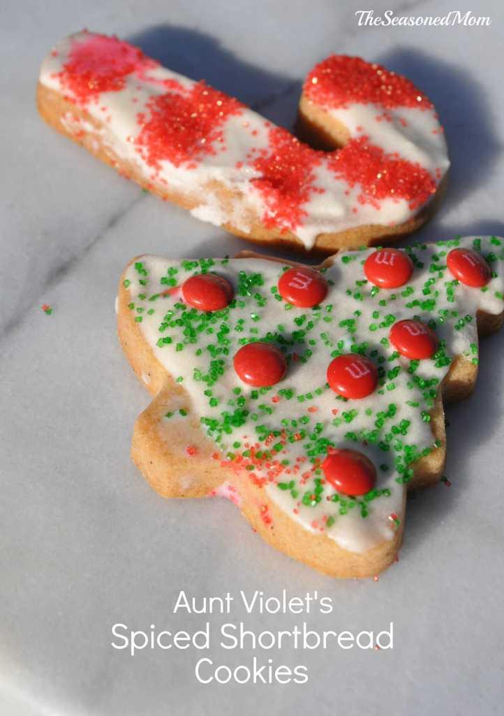 Aunt Violet's Spiced Shortbread Cookies