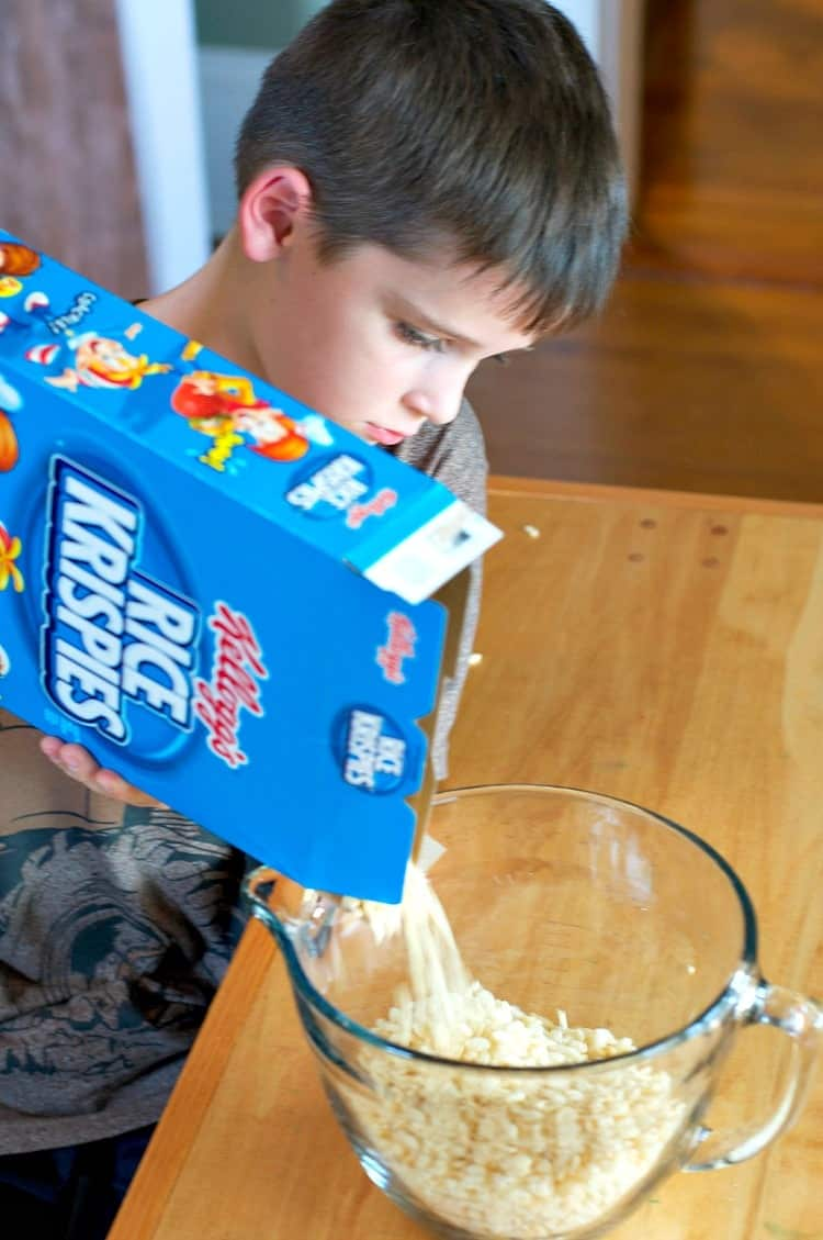 casey-pouring-rice-krispies