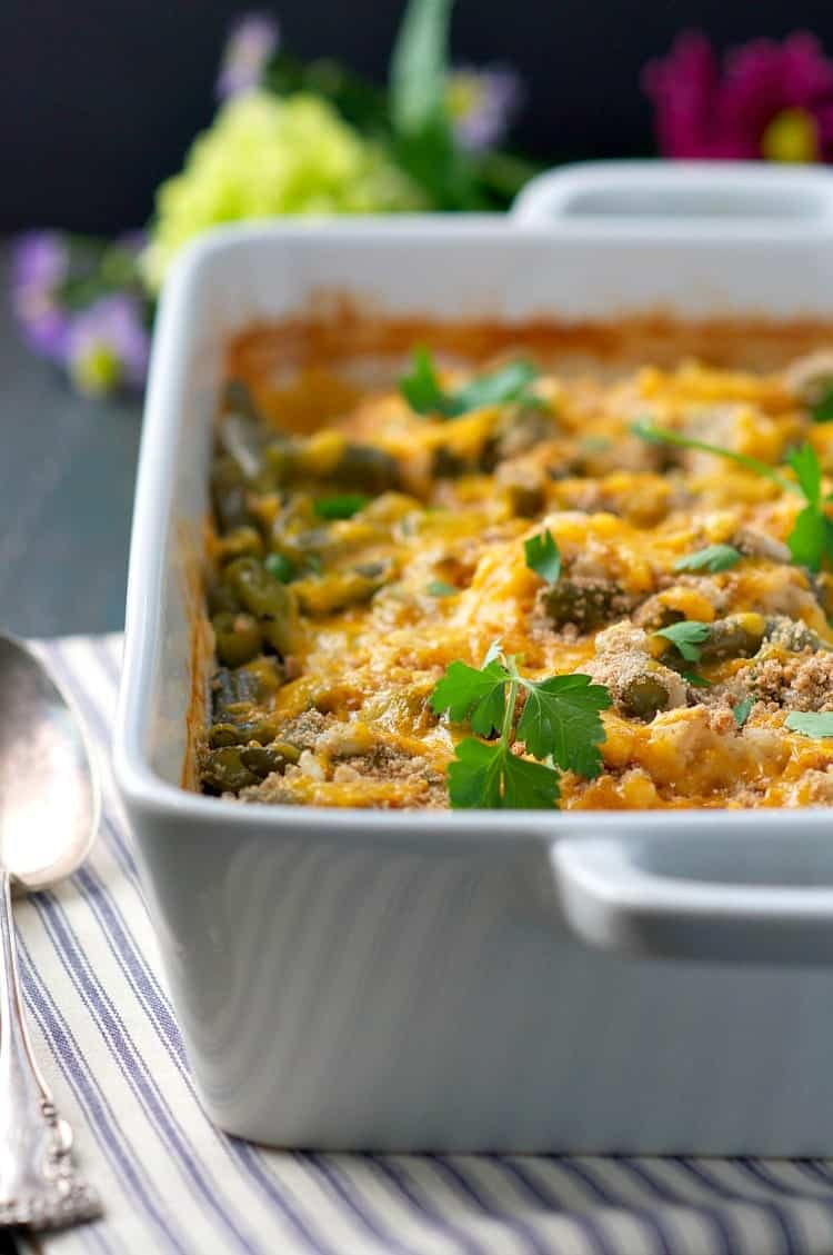 You Only Need 5 Minutes To Prepare This Dumpandbake Chicken Rice Casserole