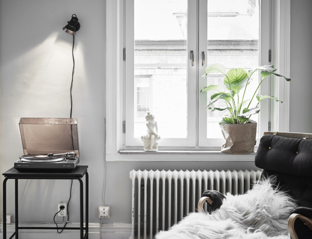 Home tour | A musician's apartment in Sweden | These Four Walls blog
