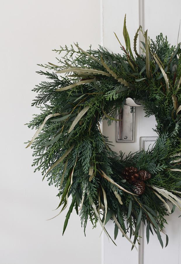 A few final festive touches   These Four Walls blog