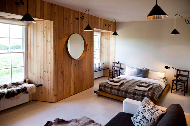 Home tour | A stylish farmhouse rental in Wales | These Four Walls blog