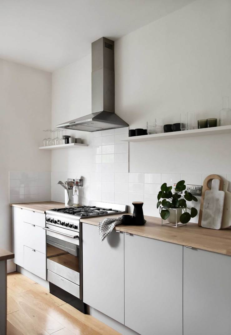 A Minimalist Kitchen Makeover On A Budget The Reveal These Four Walls