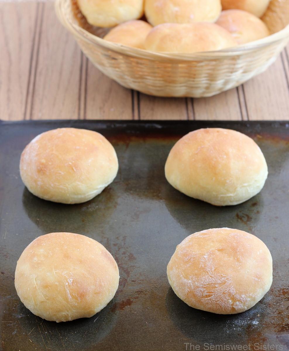Sour Cream Dinner Rolls Recipe