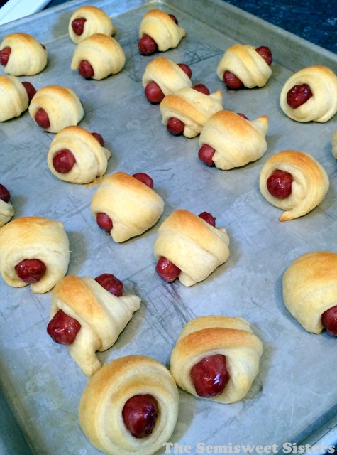 Pigs In A Blanket with Crescent Rolls and Smokies