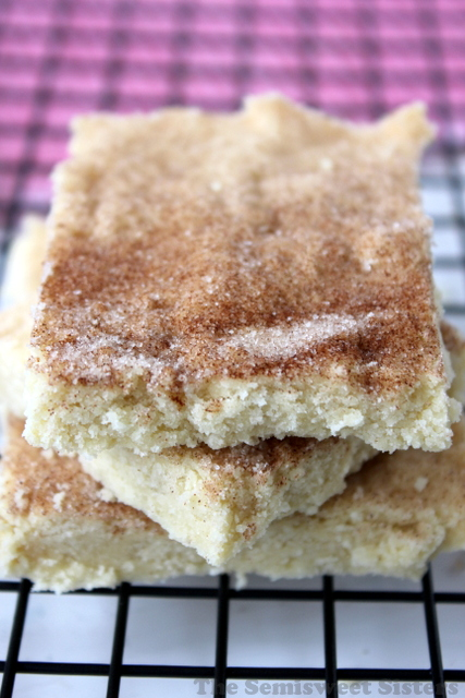 Cinnamon & Sugar Shortbread Bars (5 Ingredients)