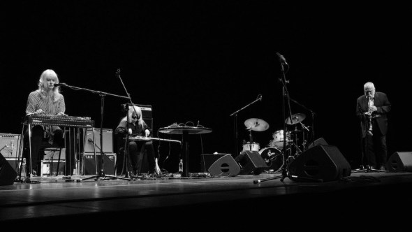 German saxophonist Peter Brötzmann with Heather Leigh on pedal guitar and guitarist Keiji Haino. Photo: Cristina Marx