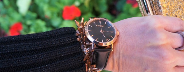 Rose gold watch with leather band Vandy