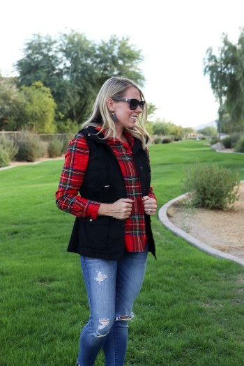 Why a utility vest is perfect for Fall and Winter