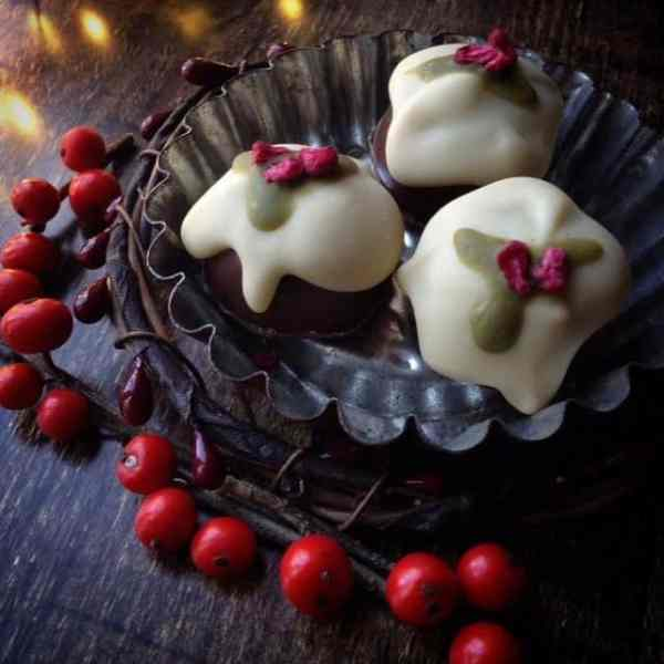 home made chocolate christmas puddings - make your own chocolate with The Sensory Coach