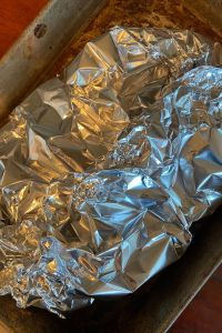 Campfire Potatoes are an easy foil packet potato recipe using aluminum foil. Aluminum foil potatoes can be made on the grill, campfire or the oven. Since they are cooked in a foil packet, clean up is a snap.
