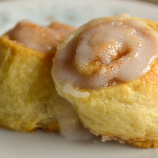 These Quick Cinnamon Rolls from refrigerated crescent rolls are an easy breakfast idea when your family wants a sweet but you don't have the time to bake!
