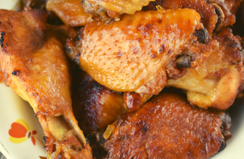 Honey Soy Chicken Wings are an easy slow cooker chicken wing recipe. Break out the crock pot and whip up a tasty honey soy sauce for these sticky chicken wings.