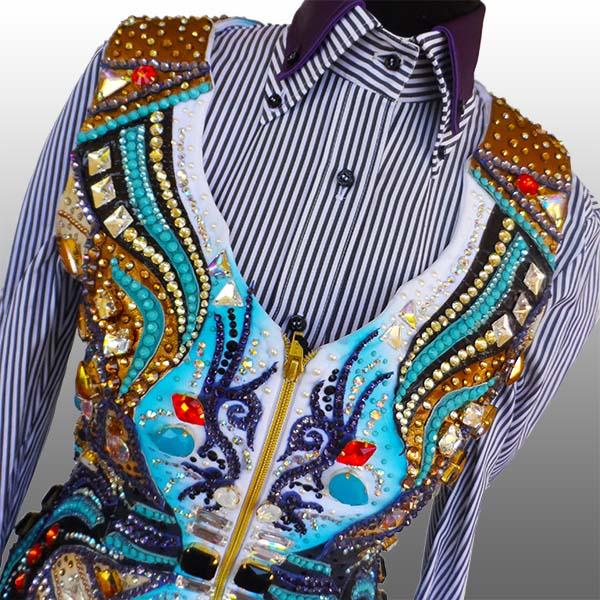 """""""Aerials"""" - Custom Weste und Shirt für Nina Leiner; Bild: Anna Omodeo"""