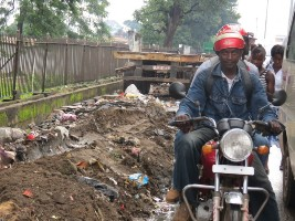 Freetown filth - Fourahbay road