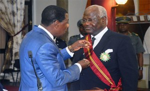 President Koroma honoured by Benin-President