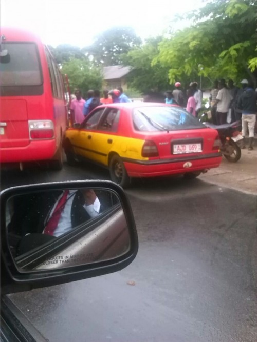 One of the buses in a raod accident in Freetown