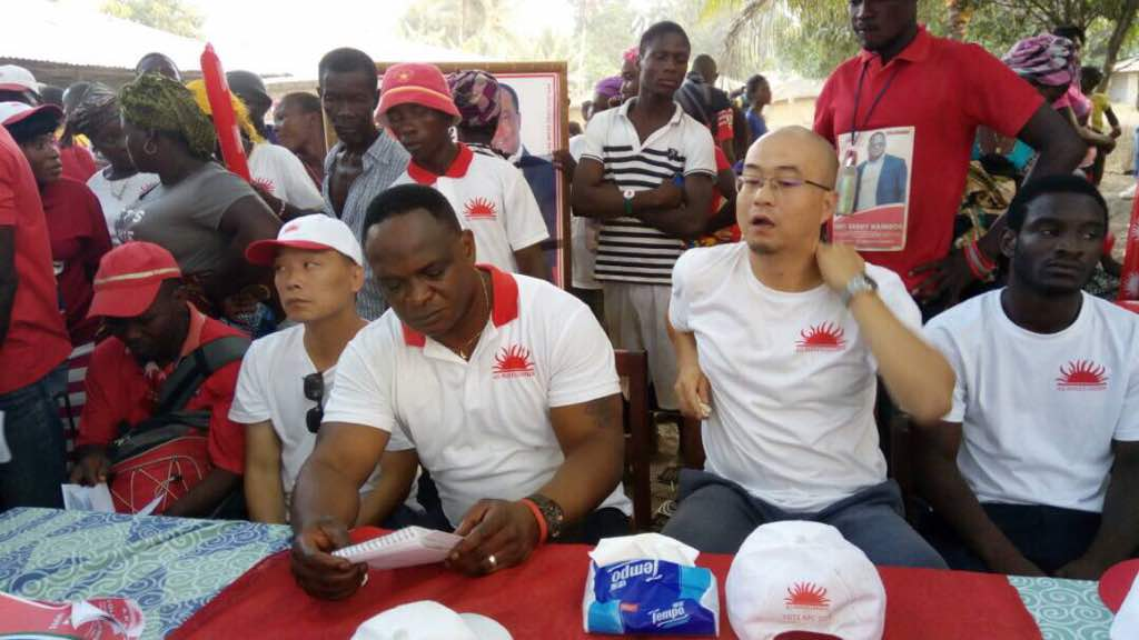 Chinese citizens in Sierra leone campaign for APC 1