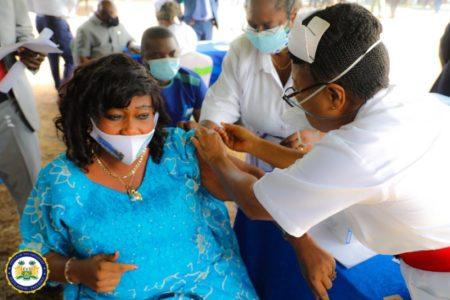 Sierra Leone's President Bio leads the way in taking COVID-19 Vaccine 5