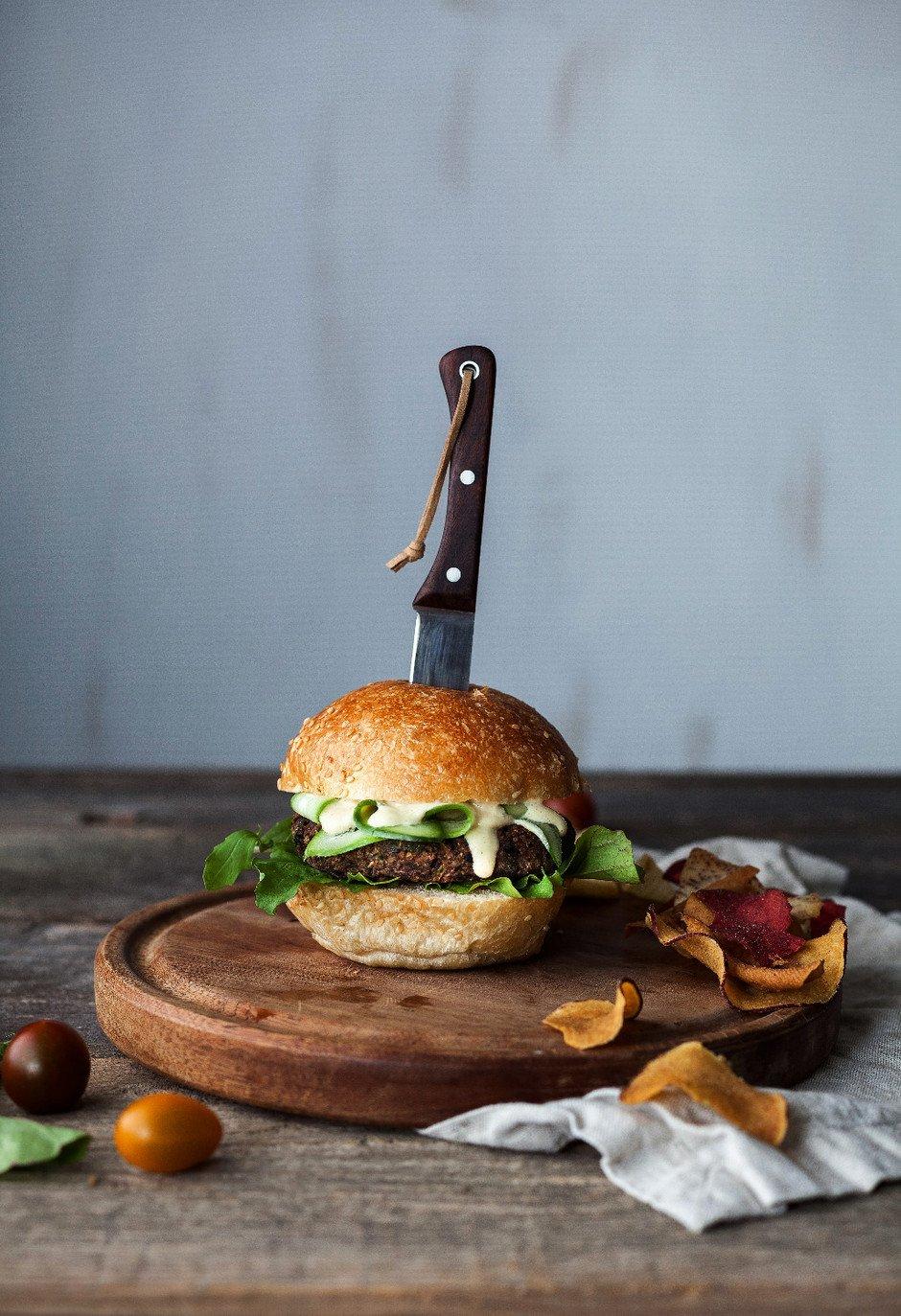 The Simple Green- Black Bean Quinoa Burger