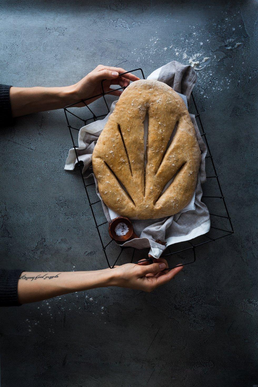 No Knead Garlic Fougasse