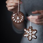Edible Gingerbread Cookie Ornaments [vegan]