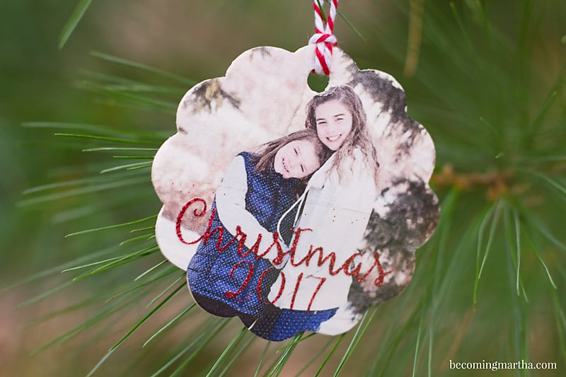 These wood photo ornaments are quick and simple to create with the help of printable iron on and the new EasyPress from Cricut.