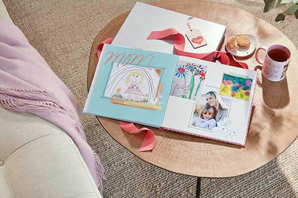 If you create family yearbooks, you won't want to miss this post - it's full of fun and creative things to include in photobooks!