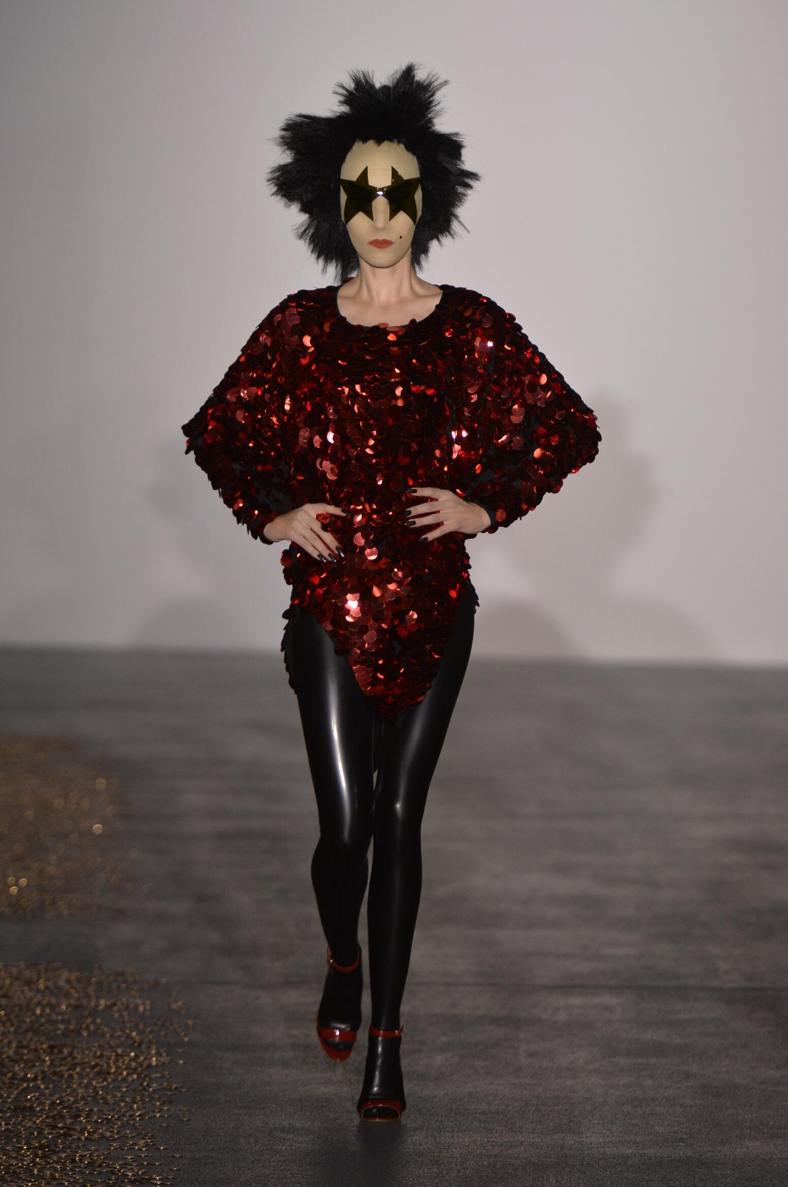 GARETH PUGH SPRING SUMMER 2016 WOMENS COLLECTION The