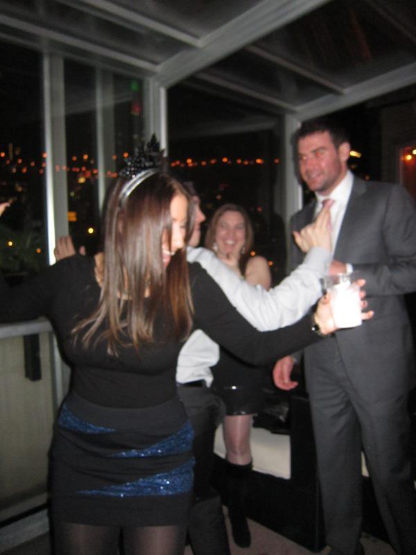 NYE 2011 Rare Rooftop dancing