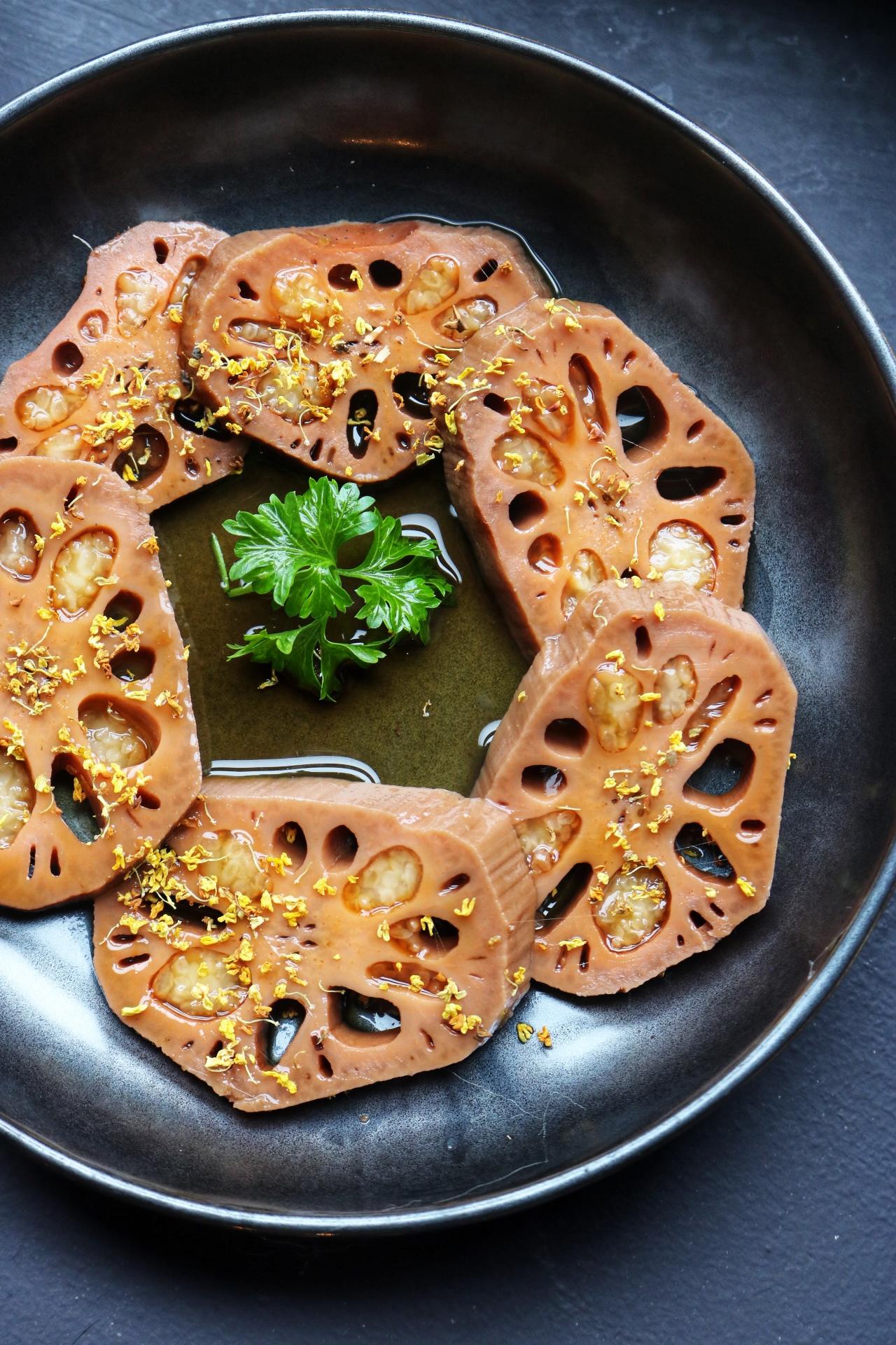 Tang Hot Pot Lotus Root