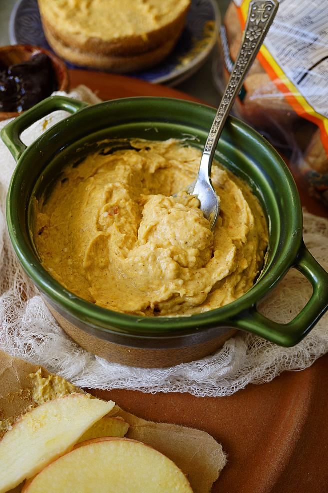 Simple Pumpkin Pie Dip or Spread