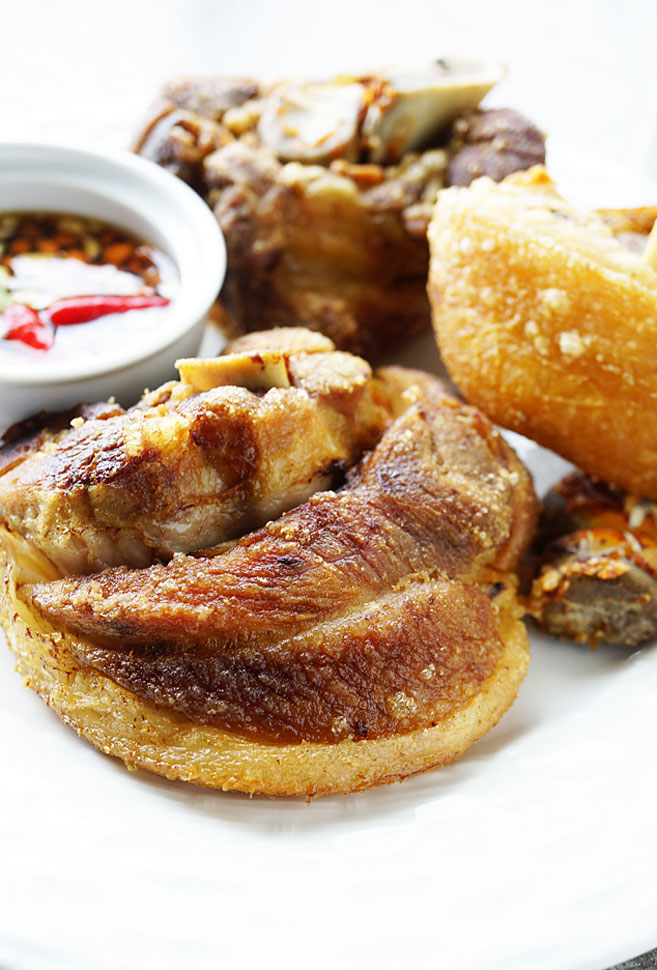 How to Cook Crispy Pata