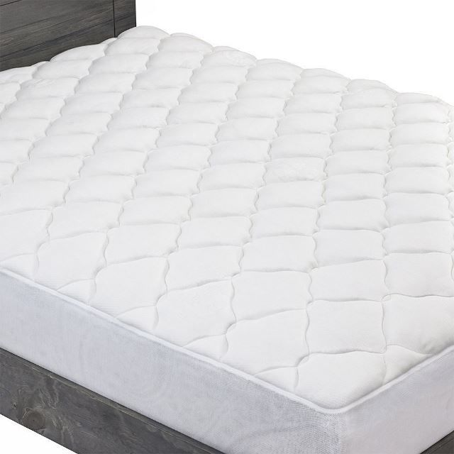 The Extra Plush Bamboo Mattress Pad